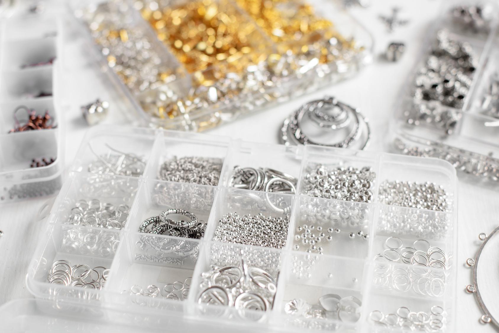 Półfabrykaty do biżuterii – Poradnik dla  początkujących