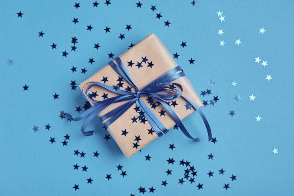 Pakowanie biżuterii na prezent
