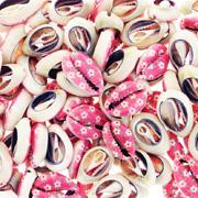 Muszelki z różowym nadrukiem