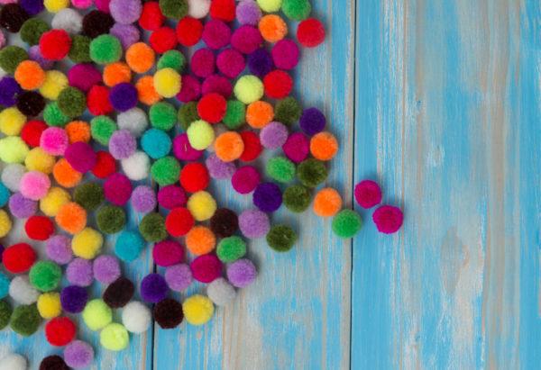 Inspiracje na wykorzystanie pomponów