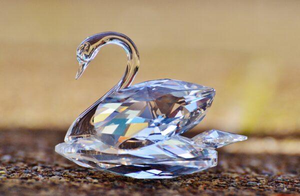 Swarovski niesamowity projektant biżuterii szklanej