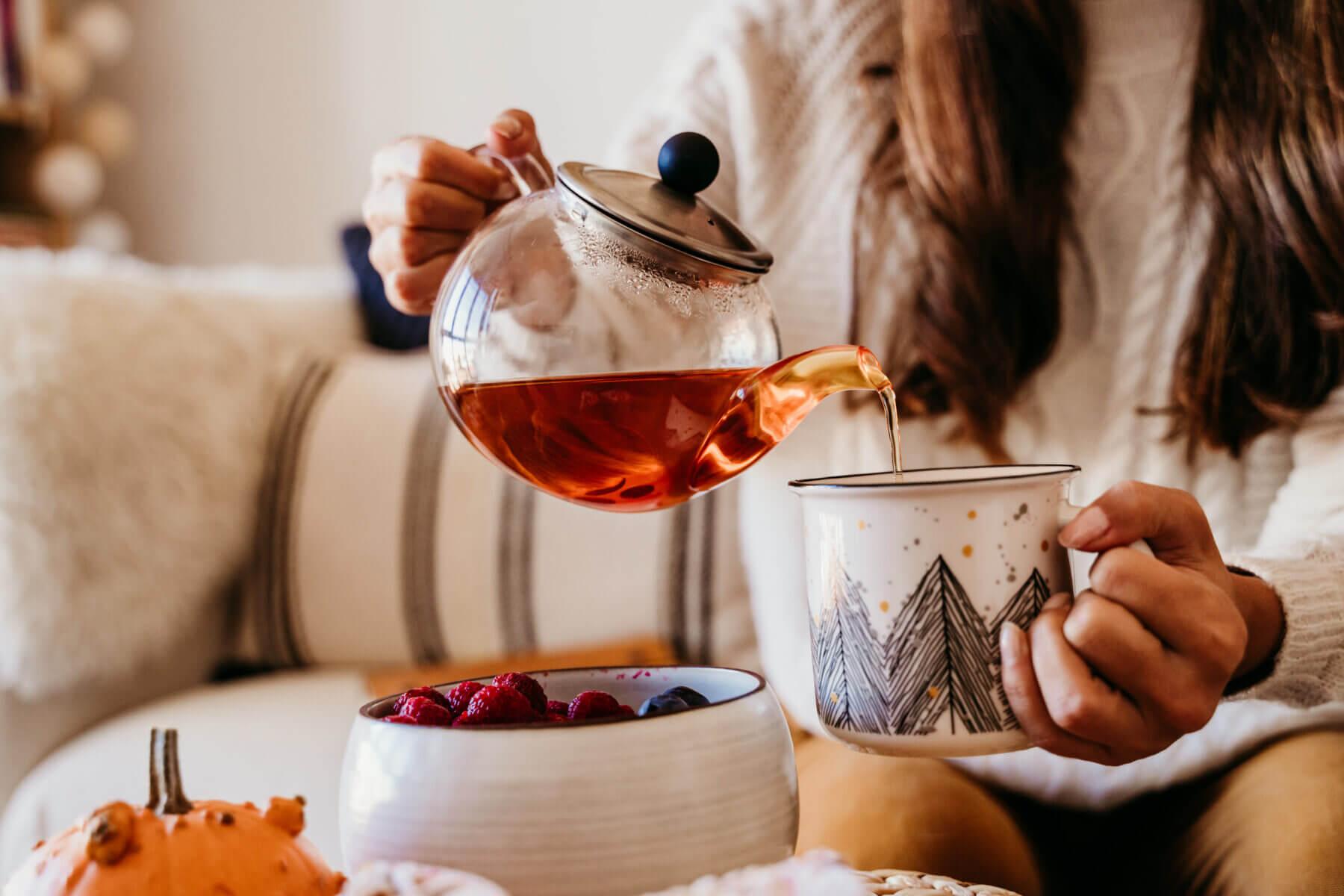 Jak wybrać, parzyć i cieszyć się z herbaty?