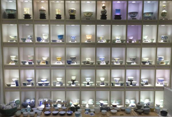 Naczynia z chińskiej porcelany