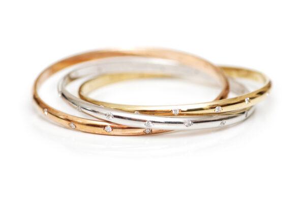 Różne kolory złota- złoto żółte, złoto białe i złoto różowe