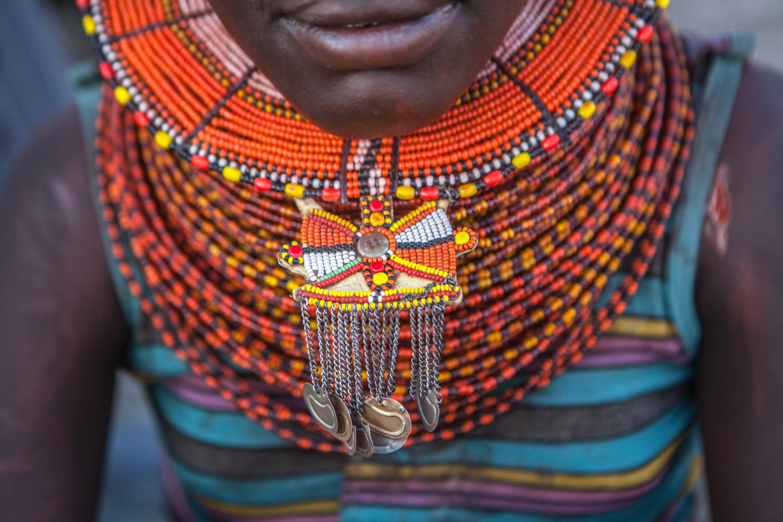 Niezwykłe dodatki i biżuteria w kulturach świata ?