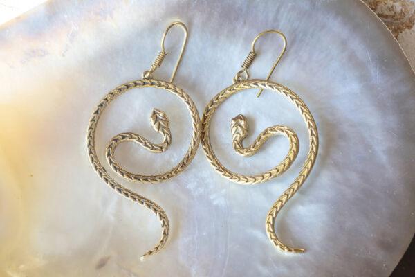 Biżuteria dla miłośników zwierząt - kolczyki węże