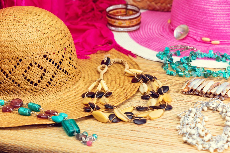 Jak podróżować z biżuterią ✈