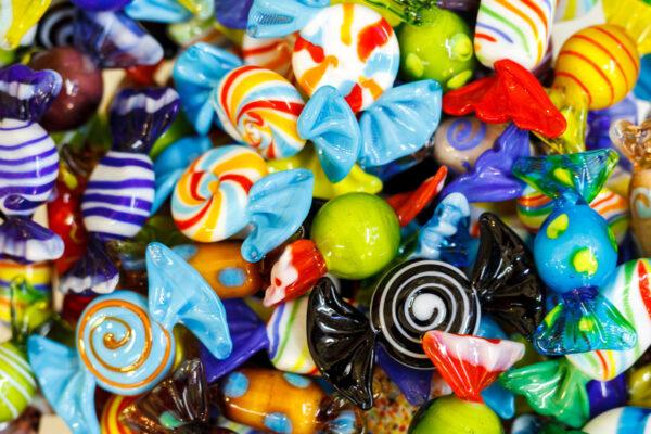 Ozdobne cukierki ze szkła Murano
