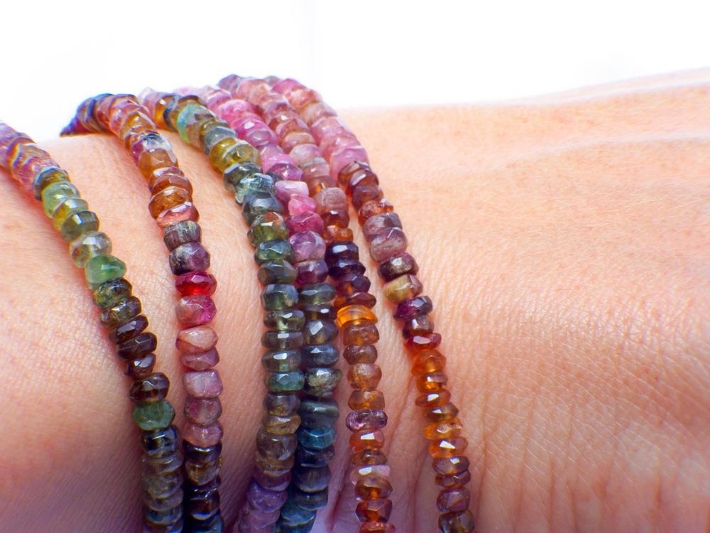 Turmaliny- kamienie wszystkich kolorów tęczy 🌈