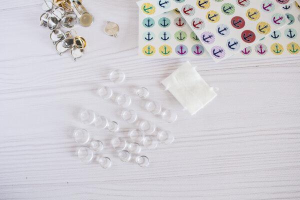 Szklane okrągłe kaboszony do biżuterii