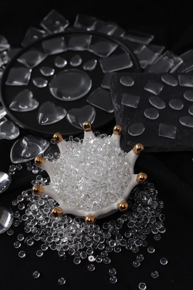 Rodzaje kaboszonów – przewodnik po materiałach i kształtach