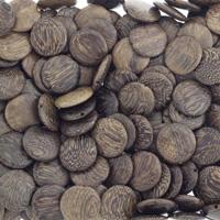 Ciemne koraliki z drewna palmowego