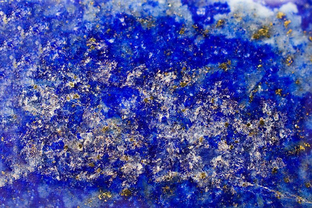 Lapis lazuli – prawdziwie boski minerał