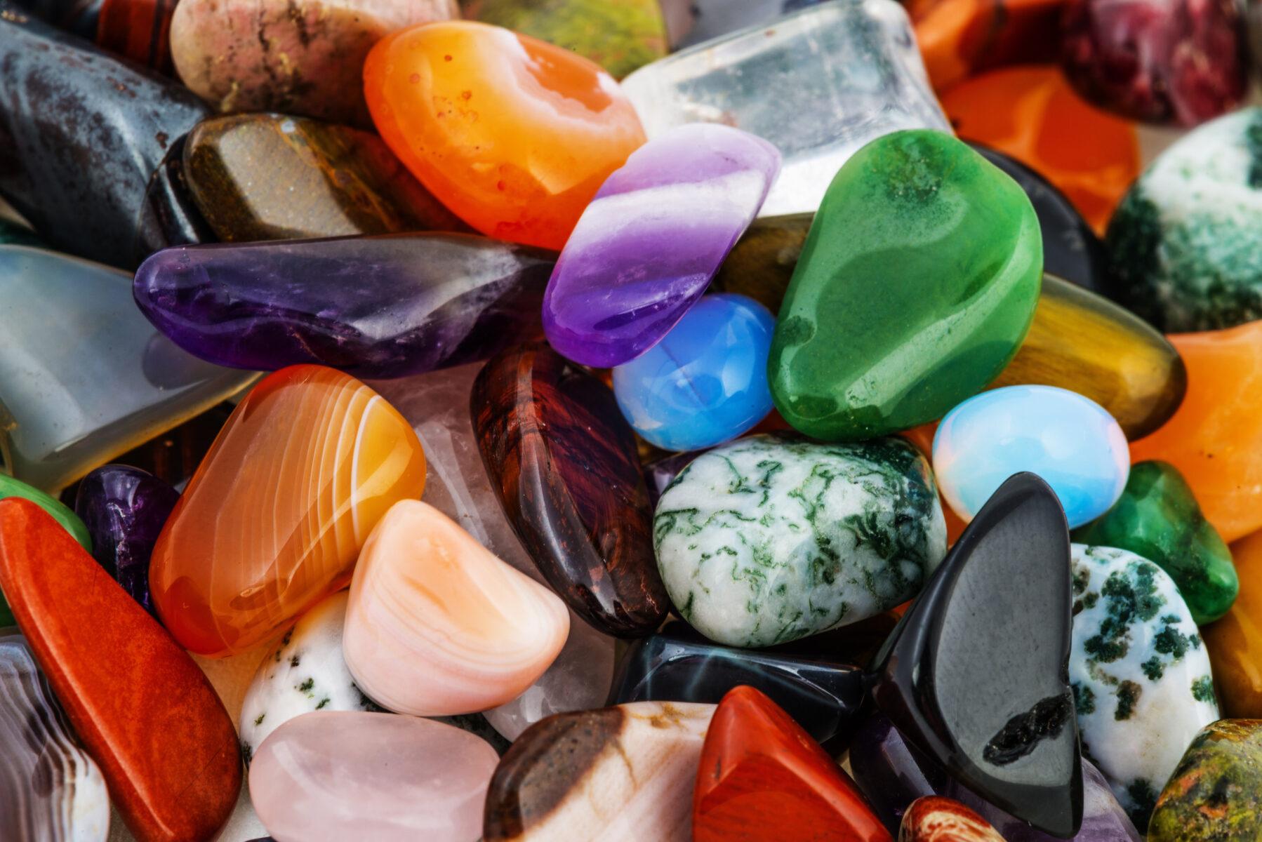 Chalcedon – nieznana nazwa, znanych kamieni