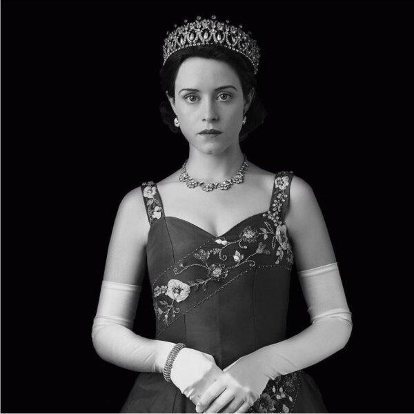 Replika tiary Lovers Knot w serialu The Crown